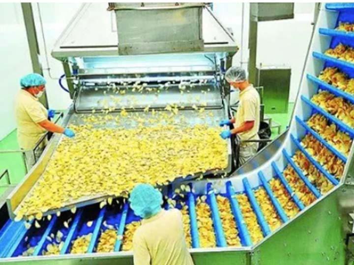 large-potato-chips-assembly-line